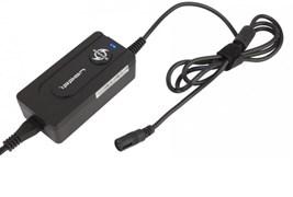 (1003325) Универсальный сетевой адаптер питания для ноутбуков  Ippon E40U