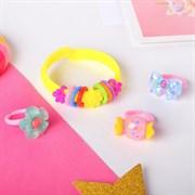 """(1024185) Набор детский """"Выбражулька"""" 4 пред-та: браслет, 3 кольца, ассорти, форма МИКС, цвет МИКС   4690348"""
